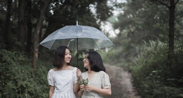 Cuaca Tak Menentu, Sedia Payung sebelum Hujan - GenPI.co