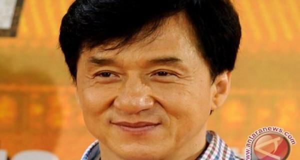 Jackie Chan Terinfeksi Virus Corona? - GenPI.co