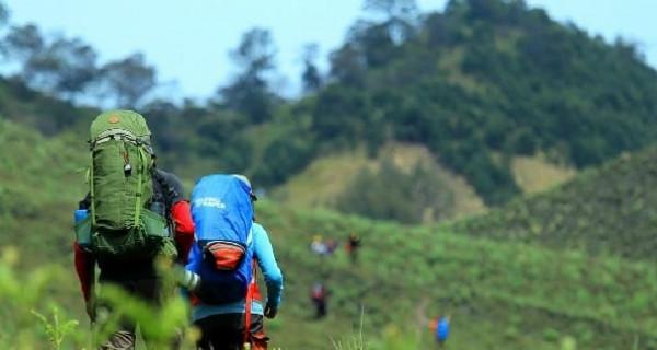 Jelajahi Taman Nasional Bromo Tengger dengan Sensasi Berbeda - GenPI.co