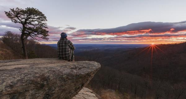 Menjelajah Lokasi Berburu Sunrise Terindah di Dunia - GenPI.co