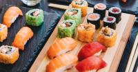 Bosan dengan Menu Rumahan, Kamu Bisa Berkreasi Membuat Sushi - GenPI.co