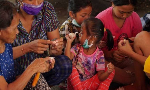 Sebagian Warga Bali Masih Enggan Mengungsi - JPNN.COM