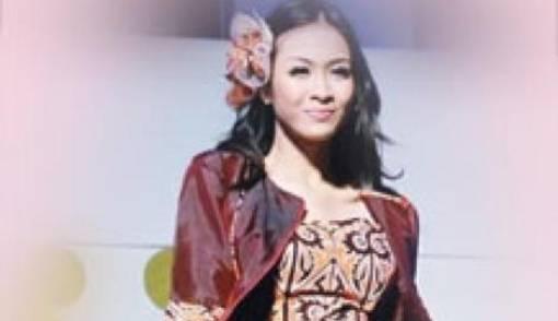Batik Batak Karya Oki Wong - JPNN.COM