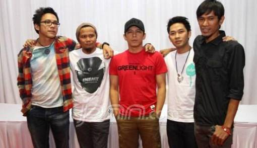 NOAH Manggung Backdrop Alam - JPNN.COM