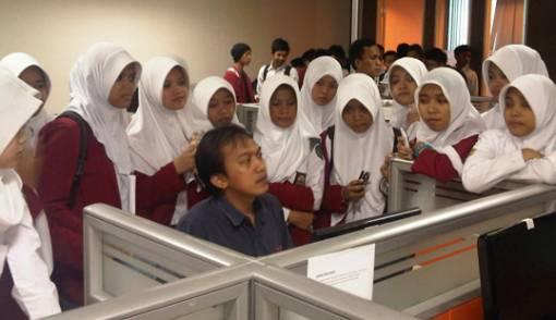 SMK Al-Ittihad Cianjur Kunjungan ke Redaksi JPNN - JPNN.COM