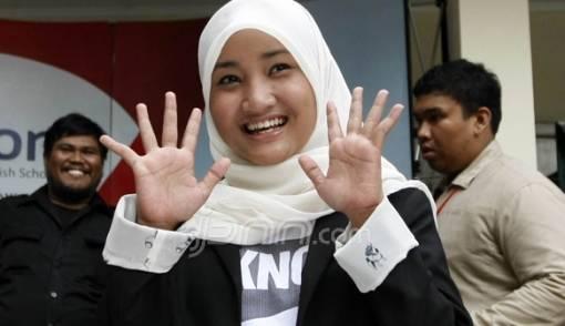 Fatin Juluki Makassar Kota Baliho - JPNN.COM