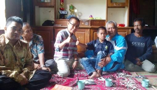 M Rizki Ramadhan, Bocah Genius Menguasai Empat Bahasa Asing - JPNN.COM
