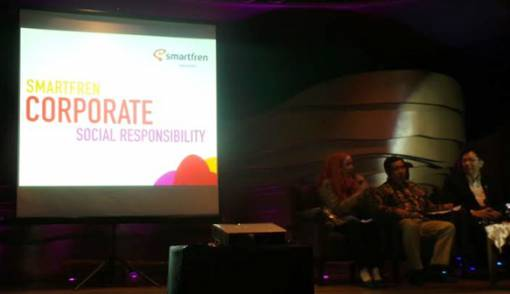 Peduli Pendidikan, Smartfren Raih MDG Awards 2013 - JPNN.COM