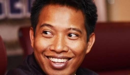 Bermodal 150 Spanduk, Elnino Lolos ke Senayan - JPNN.COM