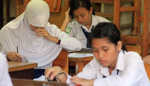 Kelulusan Siswa Full dari Ujian Sekolah - JPNN.COM