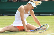 Sharapova Menangi Laga Juara Kontra Azarenka - JPNN.com