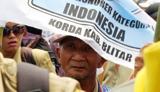 Wow! Perjuangan Honorer K2 Mendapat Dukungan Internasional - JPNN.COM