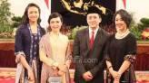 Nah Lho.. Ayah Sherina Munaf Dikira Agensi Periklanan - JPNN.COM