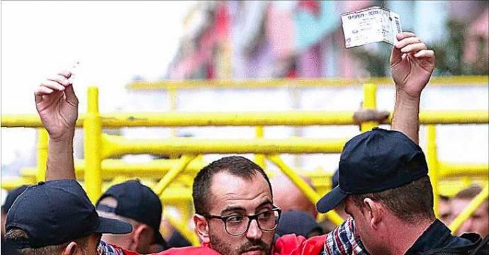 Suporter Albania. FOTO: EPA/jawapos