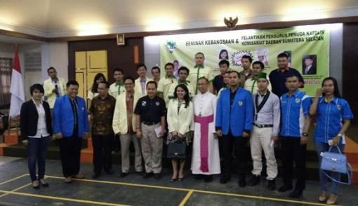 Apriadi Susanto Resmi Pimpin Pemuda Katolik Sumsel - JPNN.COM