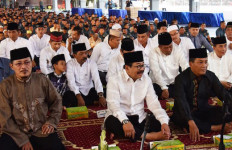 Pangarmatim Santuni Puluhan Anak Yatim - JPNN.com