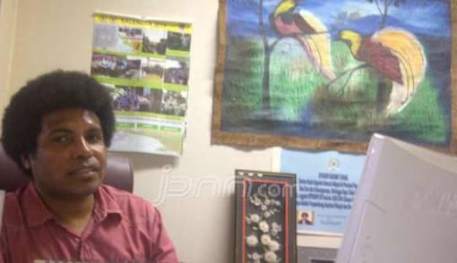 Senator Mervin: Dialog, Kunci Penyelesaian Konflik di Tanah Papua - JPNN.COM