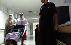 Batal Ditembak Mati, Kini Dirawat di RS, Dijaga Ketat Polisi - JPNN.com