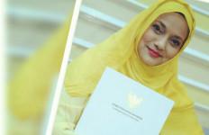 Pantang Menyerah! Marissa Haque Bakal Sambangi Bos Feni Rose - JPNN.com