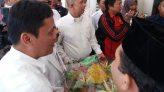 Nasi Tumpeng Habiburokhman Ditolak Ahok - JPNN.COM