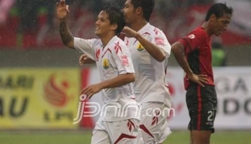 Nurdin Bantah Jegal Irfan Bachdim ke Timnas U-23 - JPNN.COM