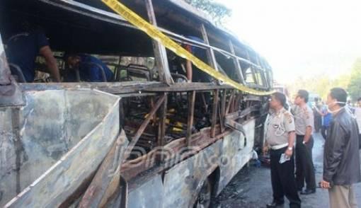 Kesaksian Buyung Sidi Rajo, Korban Selamat Bus PO Yanti - JPNN.COM