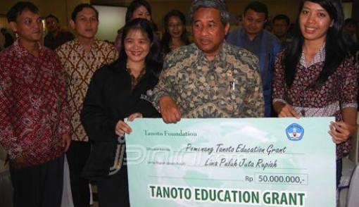 Nadia Sutanto, Penggagas Penyembuhan Trauma dengan Media Wayang - JPNN.COM