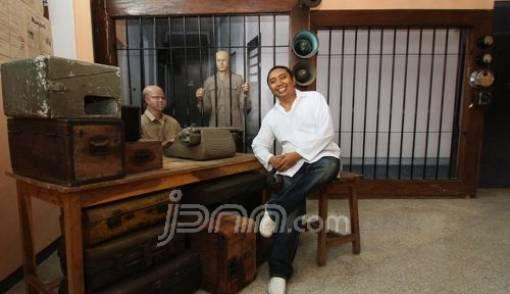 Cinta Berat Sejarah, Dwi Cahyono Bangun Museum Pribadi di Malang - JPNN.COM
