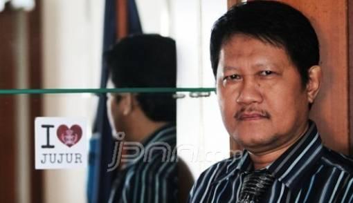 Tunjangan Guru Dipotong-potong Pemda - JPNN.COM