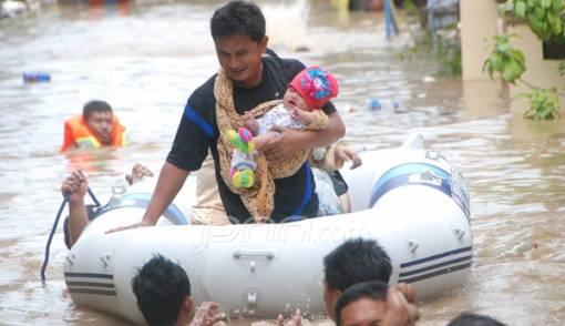 Banjir Manado Makin Meluas - JPNN.COM