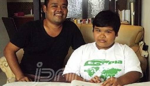 Pasangan Ayah-Anak Muha-Azza, Pendiri Bengkel Reparasi Otak - JPNN.COM