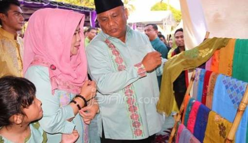 Penerima Bantuan Pemprov Gorontalo Wajib Tidak Merokok - JPNN.COM