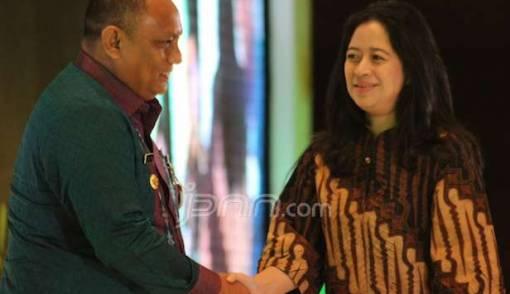 Gubernur Gorontalo Sabet Penghargaan Ksatria Bhakti Husada - JPNN.COM