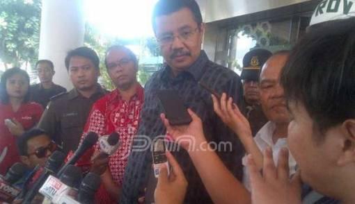 Senin, Tengku Erry Mulai jadi Pelaksana Tugas Gubernur Sumut - JPNN.COM
