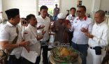 Ahok Akhirnya Cuti, Anak Buah Prabowo Tumpengan di Balai Kota DKI - JPNN.COM