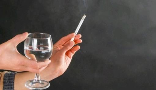 Lebih Efektif Mana, Berhenti Merokok Tiba-tiba atau Bertahap - JPNN.COM