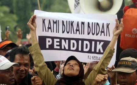 Kang Hasan Janji Kawal Pengangkatan Guru Honorer Jadi CPNS