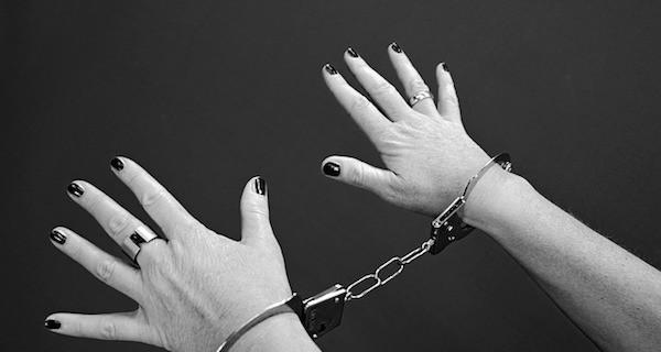 Penistaan Agama: Tiga Perempuan Buat Gerakan Salat dengan Musik Remix - JPNN.com