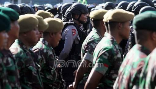 Jokowi & # 39; s invitation to TNI-Polri can be considered a violation of the 1945 Constitution - JPNN.COM