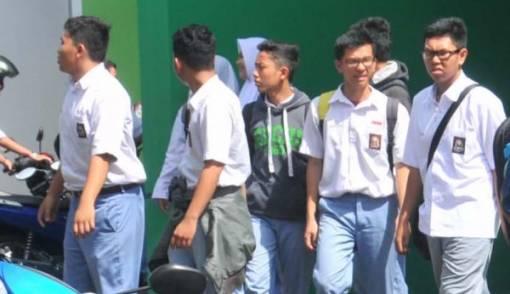 Di Sekolah Ini, Gawai Justru jadi Alat Bantu Belajar - JPNN.COM