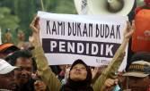Pentolan Honorer K2: Pemerintah Hemat Triliunan Rupiah - JPNN.COM