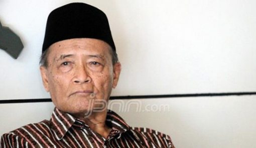 Buya Syafii: Reshuffle Gak Penting - JPNN.COM