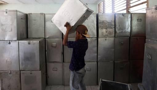 Ini Kata Tim Prabowo soal Kotak Suara Karton - JPNN.COM