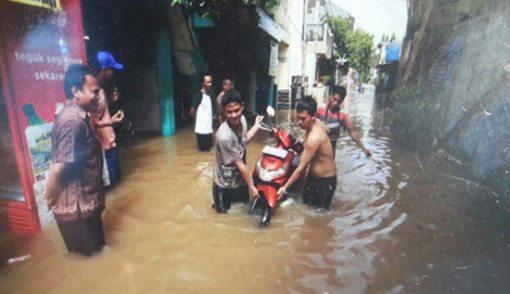 Banjir Bandang Terjang 170 Rumah, Warga Berlarian - JPNN.COM