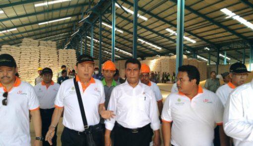 Adil Terhadap Petani Jagung - JPNN.COM