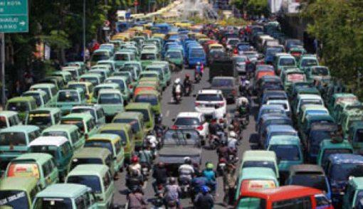 Ingat! Bulan Depan Angkot Wajib Berbadan Hukum - JPNN.COM