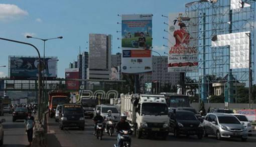 Ada 1.500 Titik Reklame di Kabupaten Bekasi Belum Berizin? - JPNN.COM