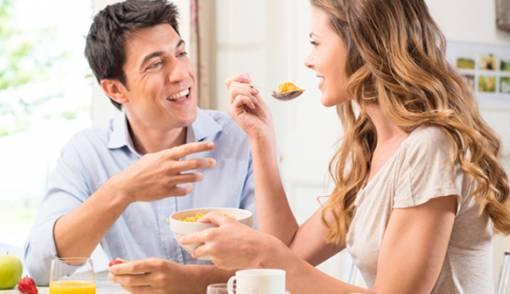 Benarkah Makan Perlahan Bantu Turunkan Berat Badan? - JPNN.COM