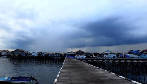 Waspada, Potensi Cuaca Ekstrem Hingga Sabtu - JPNN.COM