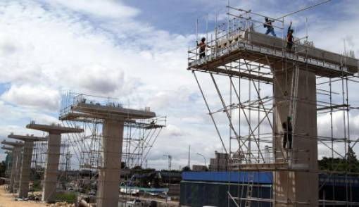 Longsor, Proyek LRT Menara Saidah Makan Korban? - JPNN.COM